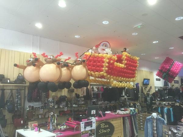 Décoration ballons noel bordeaux