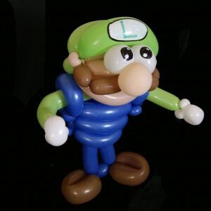 Luigi en ballon sculpté